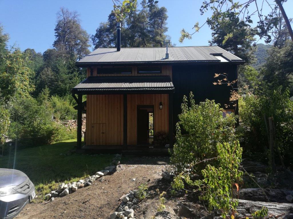 Muy linda casa en Altos de Manzano  (COD. 126)
