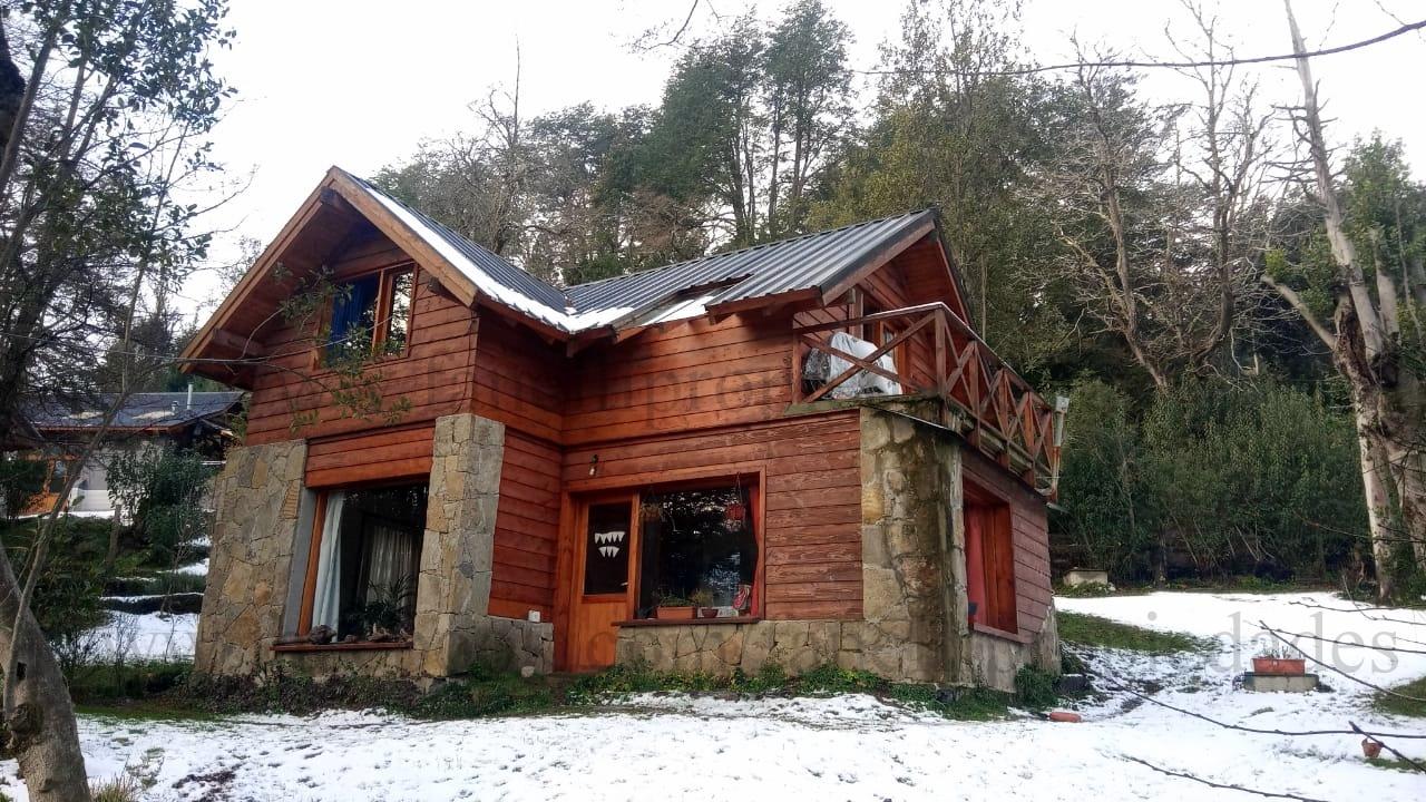 Cómoda casa en Bº Los Volcanes (cod. 121)